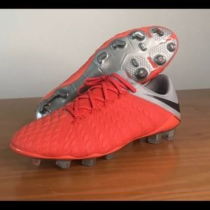 Nike Hypervenom Elite Cleats